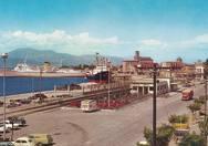 Δεκαετία του '60: Μια όμορφη βόλτα στην Πάτρα και σε 8 ακόμη πόλεις της Ελλάδας! (φωτο)