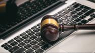 Κρήτη: Δήμαρχος απειλεί με παραίτηση για τους ηλεκτρονικούς πλειστηριασμούς