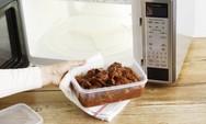 Οι κίνδυνοι που μπορεί να δημιουργήσουν τα πλαστικά στον φούρνο μικροκυμάτων
