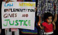 Επιβάλλεται θανατική ποινή για βιαστές κοριτσιών στην Ινδία