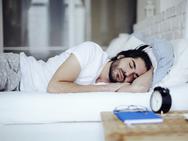 Ο ύπνος του Σαββατοκύριακου σώζει ζωές!