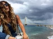Στην Πάτρα η Ελευθερία Ελευθερίου - Ποζάρει με φόντο τη Γέφυρα Ρίου-Αντιρρίου!