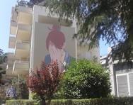 'Ψηλά το κεφάλι' - Η νέα τοιχογραφία που στολίζει την Πάτρα, περνάει ένα δυνατό μήνυμα! (φωτο)