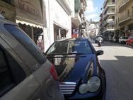 Πάτρα: Η τροχαία μοίρασε κλήσεις στην Κολοκοτρώνη (φωτο)