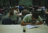 Πάτρα: Φοιτητές στην... πρίζα - Αντίστροφη μέτρηση για την εξεταστική περίοδο