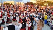 Πάτρα: Μία μουσικοχορευτική εκδήλωση από τον Παγκαλαβρυτινό σύλλογο στο Θεατράκι της Μαρίνας