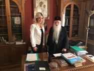 Συνάντηση με τον Μητροπολίτη Αιγιαλείας, Αμβρόσιο είχε η Έλενα Κονιδάρη!