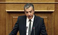 Θεοδωράκης: Να καταργηθούν τα πλαστικά μιας χρήσης από τη Βουλή