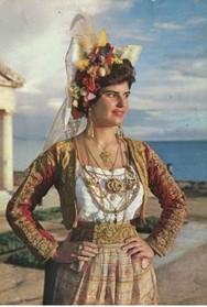 'Παραδοσιακή Φορεσιά: Ένα Tαξίδι 3.500 Xρόνων' στον Αρχαιολογικό χώρο Βούντενης