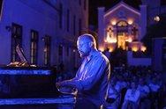 Μουσικόφιλοι ήρθαν στην Πάτρα μόνο για τις εκδηλώσεις του Jazz+Πράξεις 2018!
