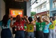Επιτέλους! Τηλεορασ-άρα και παγωμένες μπύρες για να δούμε Μουντιάλ στον πεζόδρομο της Ρ. Φεραίου! (video)