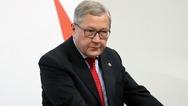 K. Ρέγκλινγκ: 'Μετά την έξοδο της Ελλάδας, πρώτη φορά ο ESM δεν θα έχει ενεργό πρόγραμμα'