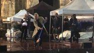 Ο Στιγκ βγήκε με σκούπα στο Ηρώδειο και καθάρισε τη σκηνή από τα νερά (video)