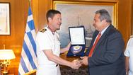 Απονομή Διαμνημόνευσης Αστέρα Αξίας και Τιμής στον Πλοίαρχο Robert Palm (φωτο)