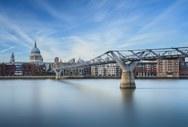 Εντυπωσιακές πεζογέφυρες του κόσμου (φωτο)