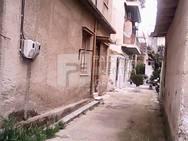 Πάτρα: Τα εγκαταλελειμμένα σπίτια των Προσφυγικών έχουν γίνει στέκια τοξικομανών