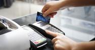 ΕΣΕΕ: Στα 27 δισ. ευρώ οι συναλλαγές με πλαστικό χρήμα