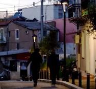 H γειτονιά της Πάτρας που μας ταξιδεύει σε... άλλες εποχές! (pics)