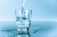 Πίνοντας νερό το πρωί τονώνεται ο μεταβολισμός;