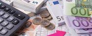 Σενάρια για μειώσεις στις εισφορές - Τι σχεδιάζει το υπουργείου Εργασίας