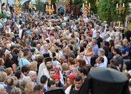 'Καλή Παναγιά' - Πλήθος προσκυνητών συρρέουν στην Ιερά Μονή Γηροκομείου της Πάτρας
