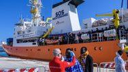 Τέλος στην οδύσσεια του Aquarius με τους 141 μετανάστες