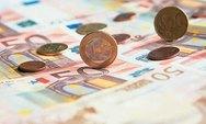 ΑΕΠ και προϋπολογισμός καθορίζουν τη στάση των θεσμών
