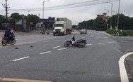Μηχανάκι κάνει σβούρες μόνο του σε πολυσύχναστο δρόμο (video)