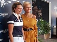 Η Χριστίνα Κοντοβά φωτογραφήθηκε με την Αθηνά Ωνάση!