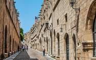 Ρόδος: Γκρίνια για τον τουρισμό, παρά το ρεκόρ αφίξεων