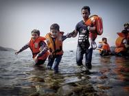 Κρήτη: 21 μετανάστες εντοπίστηκαν σε απόκρημνη ακτή στα Φαλάσαρνα