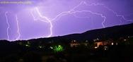 'Σόου' από αστραπές και κεραυνούς στον ουρανό της Πάτρας (pics)