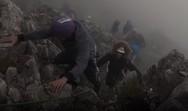 Μαθητές Λυκείου κατέκτησαν την κορυφή του Ολύμπου (video)