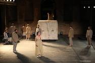 Μάγεψε το κοινό της Πάτρας η 'Αντιγόνη' του Σοφοκλή (pics)