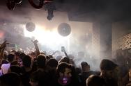 Μοds club - O απόλυτος 'πανικός' από την πρώτη κιόλας νύχτα! (φωτο)