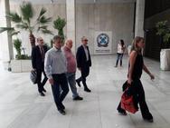 Κρατούνται στο Α.Τ. Εξαρχείων τρεις δημοσιογράφοι του «Φιλελεύθερου»
