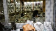 Βρέθηκε μαχαίρι στο κοσμηματοπωλείο της Ομόνοιας