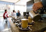 Πάτρα: Σαν 'μανιτάρια' ξεφυτρώνουν οι καφετέριες και τα μαγαζιά εστίασης