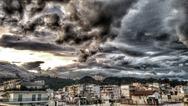 Τα 'παιχνιδιαρίσματα' των σύννεφων στον ουρανό της Πάτρας! (φωτο)