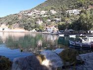 Μοναστηράκι Φωκίδας - Ένα 'κρυμμένο ψαροχώρι' 35 χλμ. από την Πάτρα (pics)