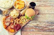 Πάνω από το 1/3 των Αμερικανών καταναλώνει fast food
