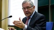 Κλάους Ρέγκλινγκ: 'Δεν συντρέχει κίνδυνος η Ρώμη να απολέσει την πρόσβαση στις αγορές'