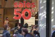 Καταστήματα της Πάτρας συνεχίζουν να έχουν εκπτώσεις - Παράπονα στον Εμπορικό Σύλλογο