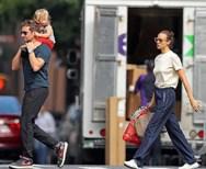 Bradley Cooper - Irina Shayk: Βόλτα με την κόρη τους! (φωτο)