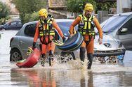 Δέκα τελικά οι νεκροί από τις πλημμύρες στη Γαλλία