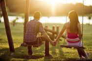 Πώς ο εγκέφαλός σου ερωτεύεται πριν καν το καταλάβεις