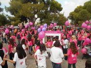 Η πλατεία Υψηλών Αλωνίων ντύθηκε στα 'ροζ' για το Pink the City (pics+vids)