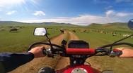 Διασχίζοντας τη Μογγολία με μοτοσυκλέτα (video)