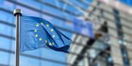 Βloomberg: 'Οι τράπεζες της Ευρωζώνης αντιμετωπίζουν δυσκολίες στον δανεισμό τους'