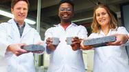 Ερευνητές στη Νότια Αφρική δημιούργησαν τούβλο που έχει φτιαχτεί από ανθρώπινα ούρα